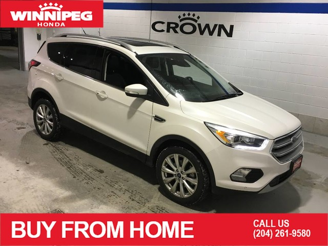 Pre-Owned 2017 Ford Escape Titanium / Heated steering wheel / Heated seats / Assisted parking