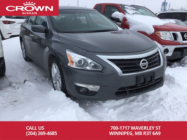 Pre-Owned 2015 Nissan Altima 2.5 SV **Accident Free/One Owner/Local**