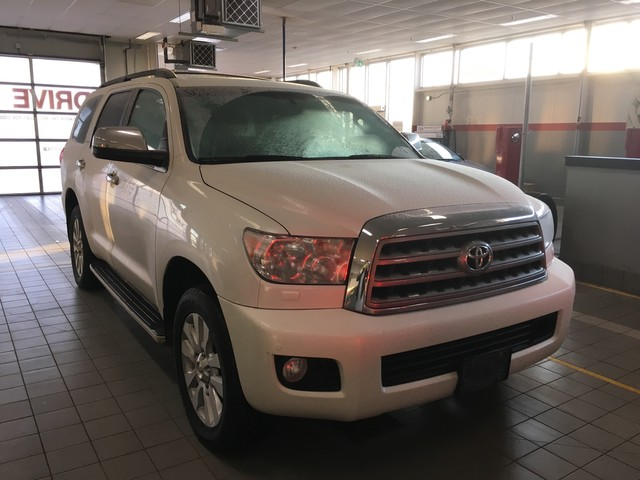 Pre-Owned 2016 Toyota Sequoia Platinum 4WD / One Owner / Highway Kms / Great Condition