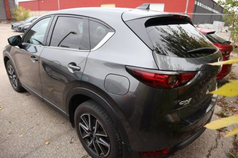 Pre-Owned 2018 Mazda3 Sport GS **Accident Free/ One Owner/ Lease**
